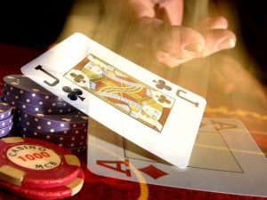 The casino world, in general, has changed a lot, and given that the online casinos have added to the fun of gambling, there are some important things that you must consider when you are deciding about it.
